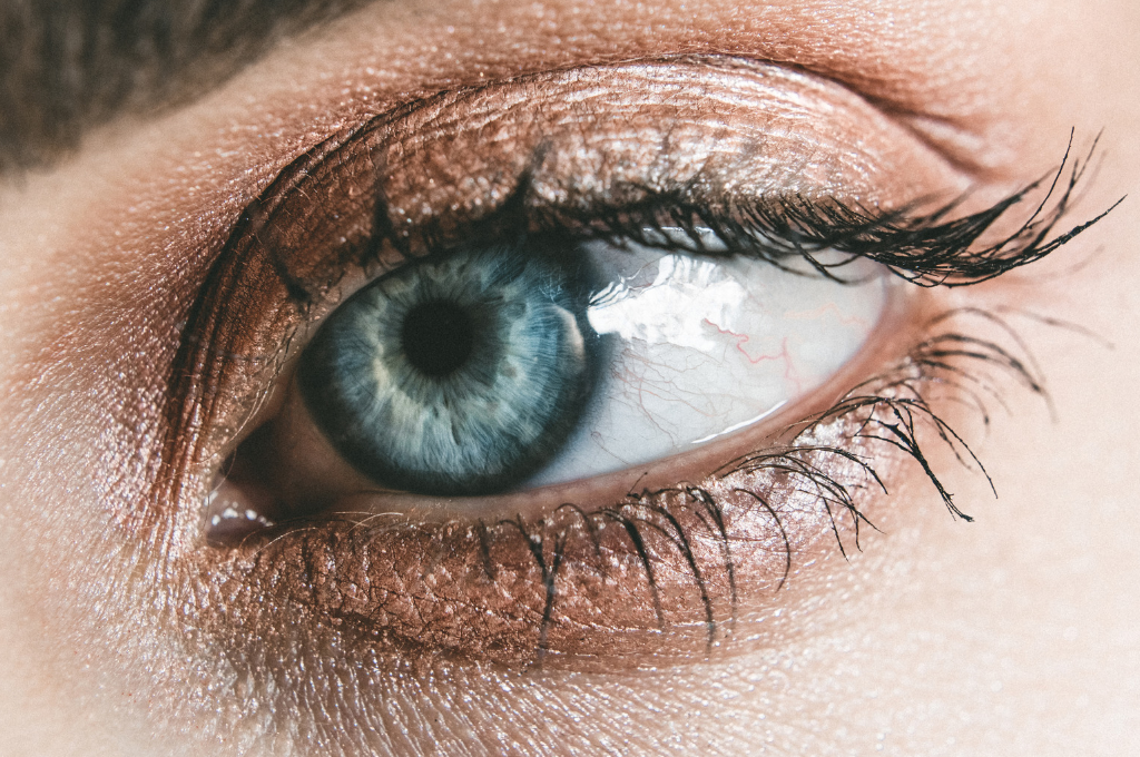Keeping your eyes healthy - dry eyes